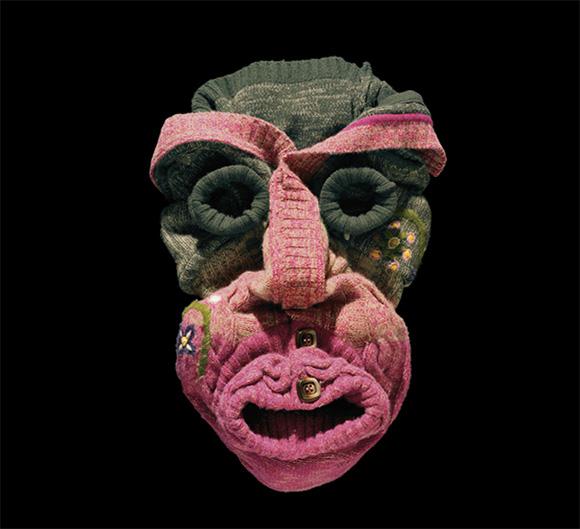 Vetement-mode-visage-Bela-Borsodi-03