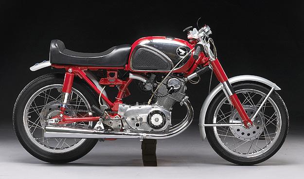 Les vieilles pétoires - Page 2 Moto-Anciennes-honda_cb77_superhawk1