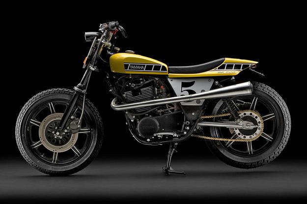 Moto-Anciennes-yamaha_sr500_street_tracker1