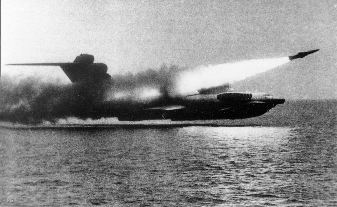 ekranoplane-russe-lun-03