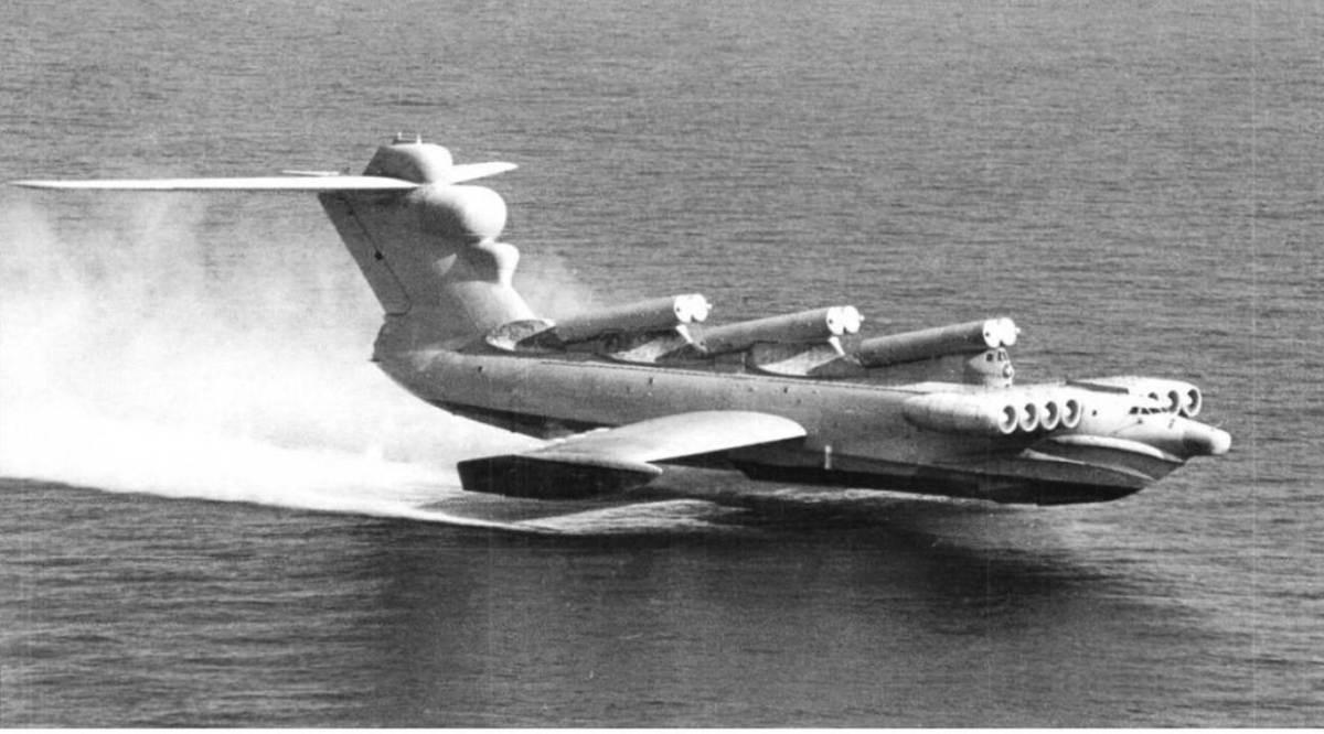ekranoplane-russe-lun-04