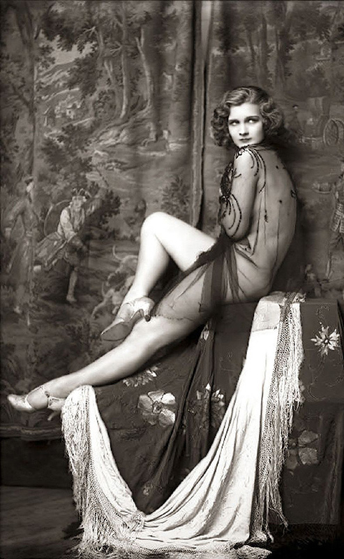 Ziegfeld Follies Girls 1920 Broadway 09 Les filles des Ziegfeld Follies dans les années 1920