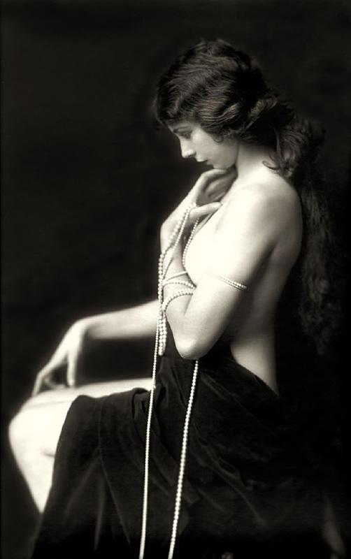 Ziegfeld Follies Girls 1920 Broadway 10 Les filles des Ziegfeld Follies dans les années 1920