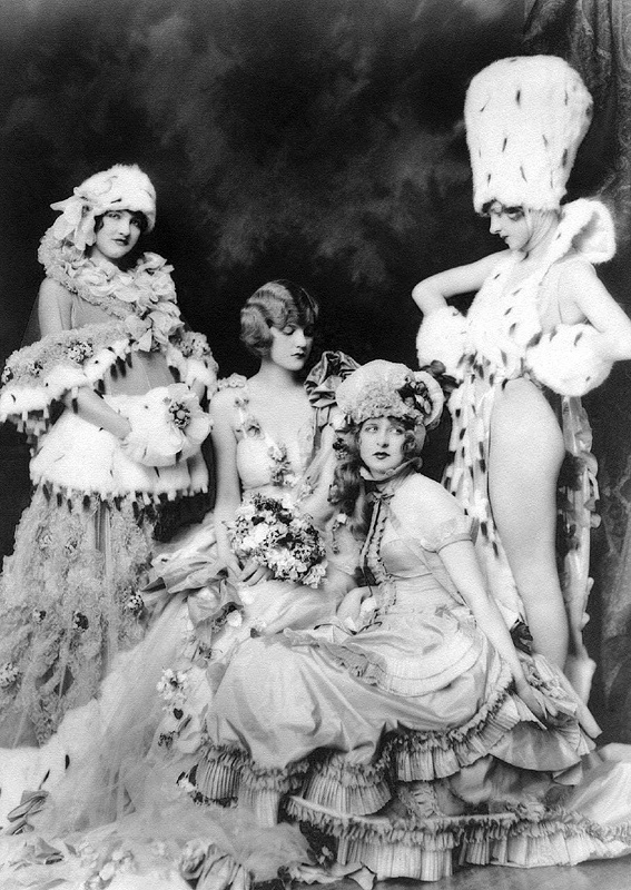 Ziegfeld Follies Girls 1920 Broadway 12 Les filles des Ziegfeld Follies dans les années 1920