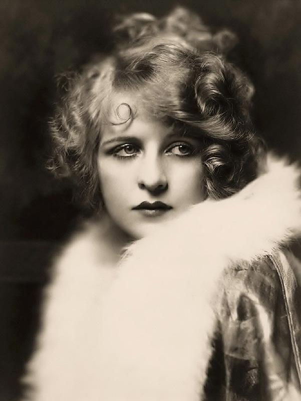 Ziegfeld Follies Girls 1920 Broadway 19 Les filles des Ziegfeld Follies dans les années 1920