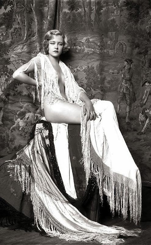Ziegfeld Follies Girls 1920 Broadway 25 Les filles des Ziegfeld Follies dans les années 1920