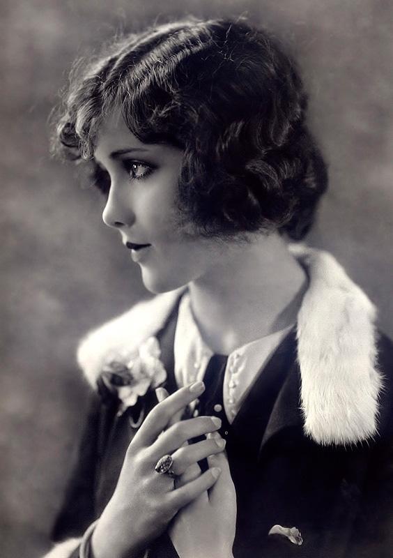 Ziegfeld Follies Girls 1920 Broadway 26 Les filles des Ziegfeld Follies dans les années 1920