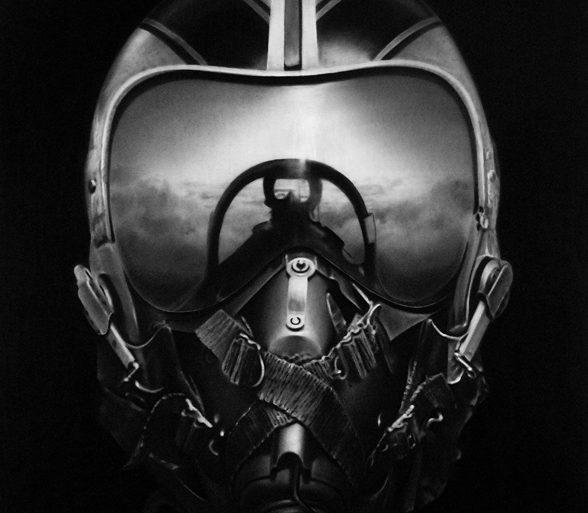 Longo-Casque-Pilote-Avion-Dessin-Charbon-01.jpg
