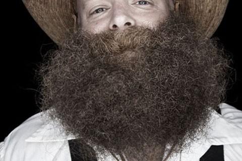 barbe-pilosite-insolite-06.jpg