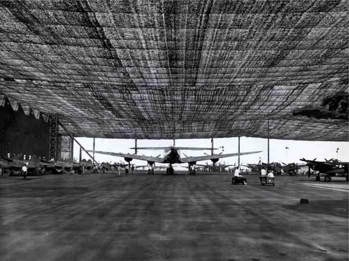 camouflage aeroport guerre mondiale 05 Quand Hollywood camouflait des bases militaires