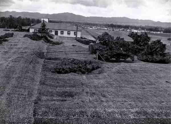 camouflage aeroport guerre mondiale 08 Quand Hollywood camouflait des bases militaires