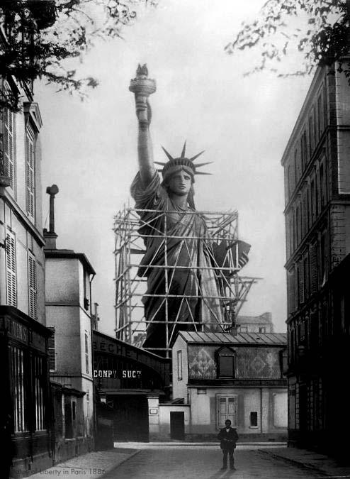 1169 La construction de la Statue de la Liberté à Paris
