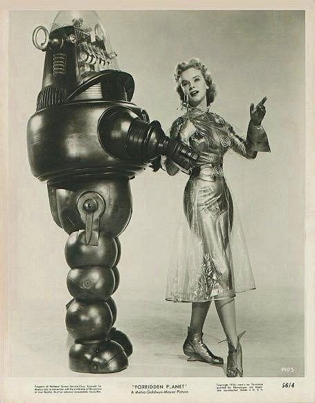 vintage femme pinup robot 06 Des femmes et des robots vintages