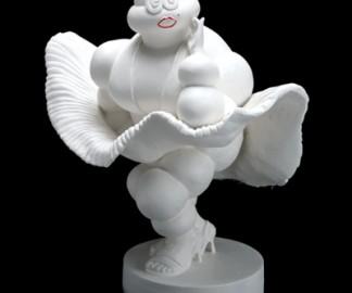 michelin-bibendum-bonhomme-parodie-sculpture-01.jpg
