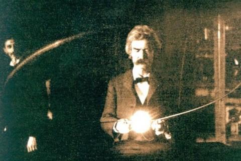 Mark-Twain-in-Tesla-Lab-Spring-1894.jpg