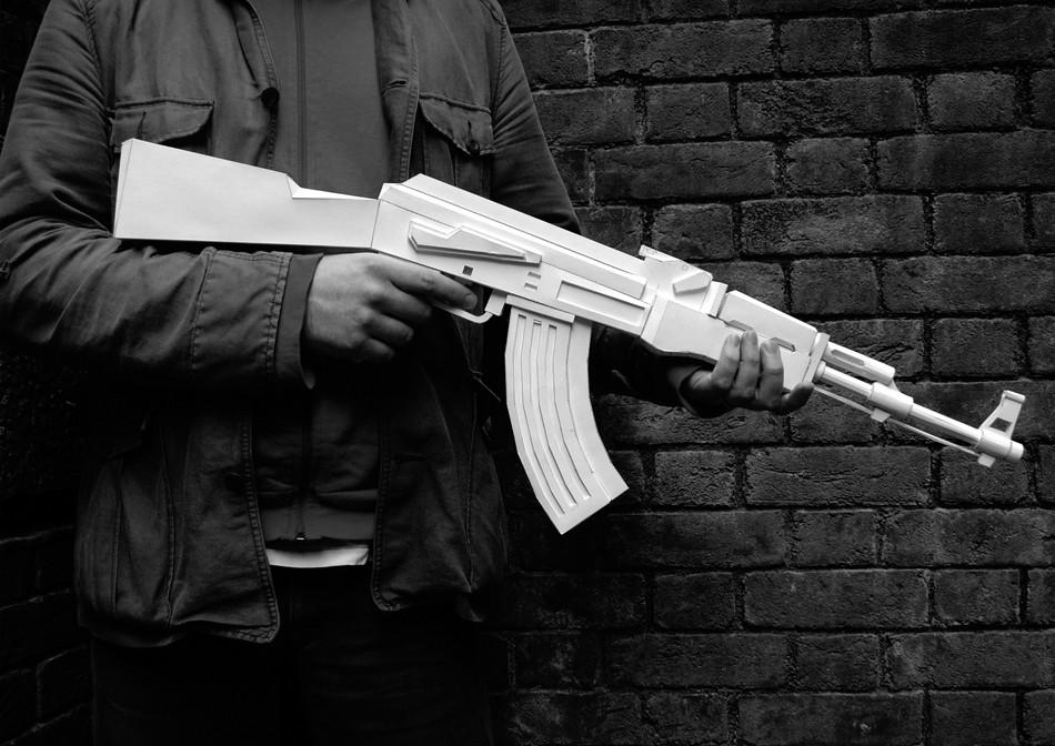 arme papier 02 Des armes en papier
