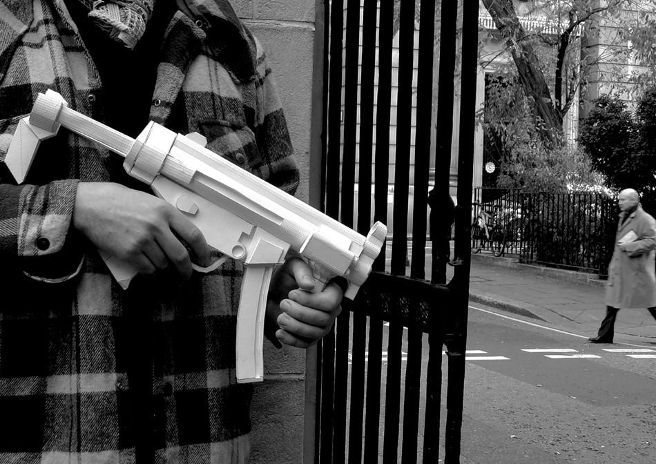 arme papier 03 Des armes en papier
