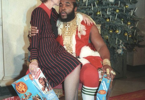 nancy-reagan-mr-t-pere-noel.jpg