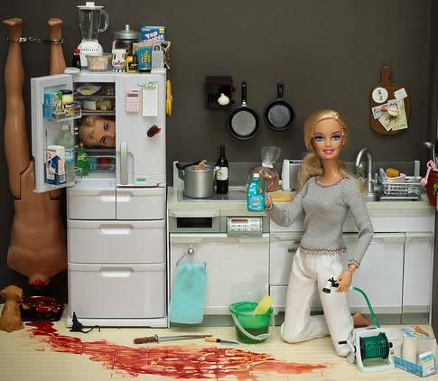 Serial Killers Crime Scene Photos http://www.laboiteverte.fr/barbie-serial-killeuse/