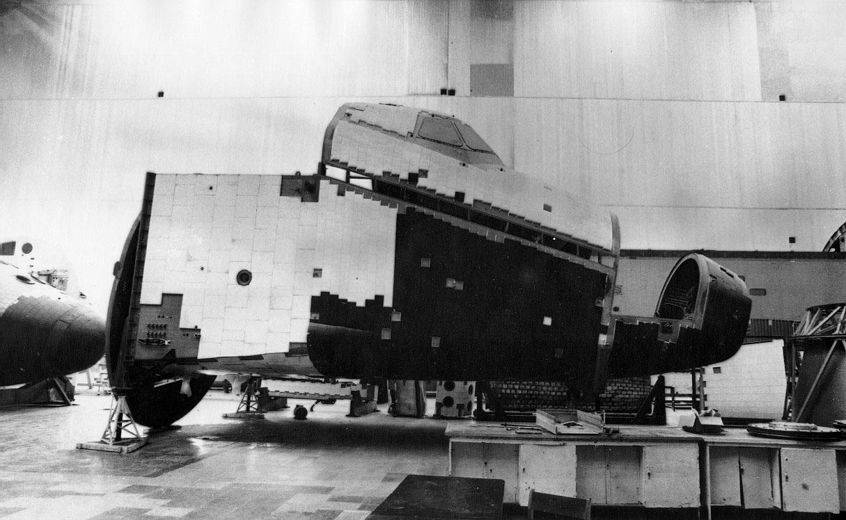 navette spatiale russe buran construction assemblage 02 Buran, la navette spatiale Russe