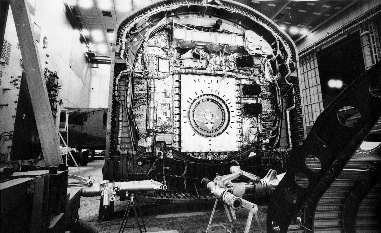 navette spatiale russe buran construction assemblage 08 Buran, la navette spatiale Russe
