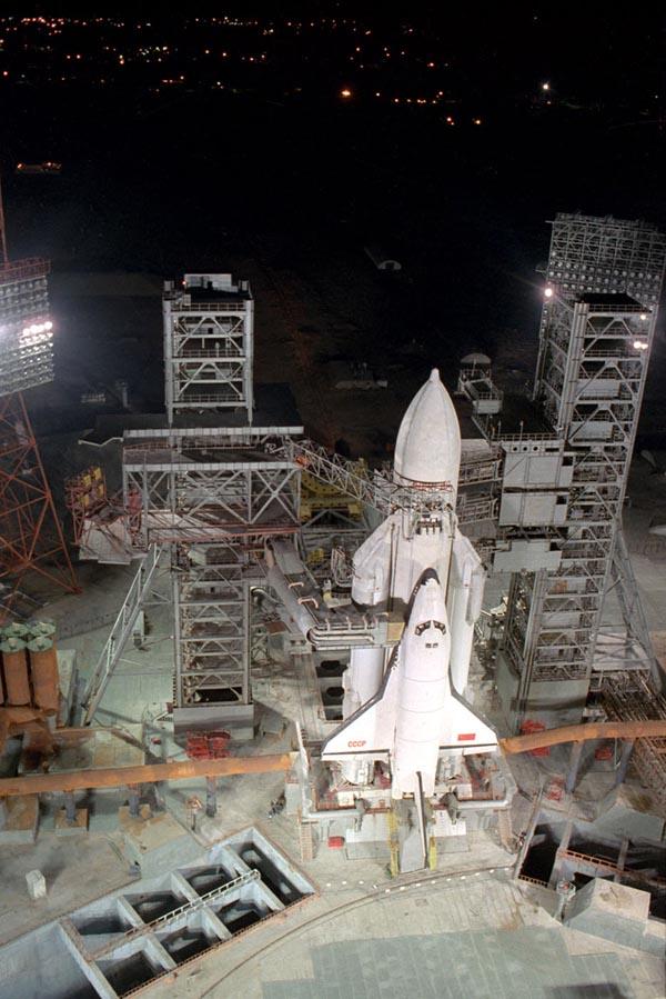 navette spatiale russe buran pas de tir decollage 06 Buran, la navette spatiale Russe