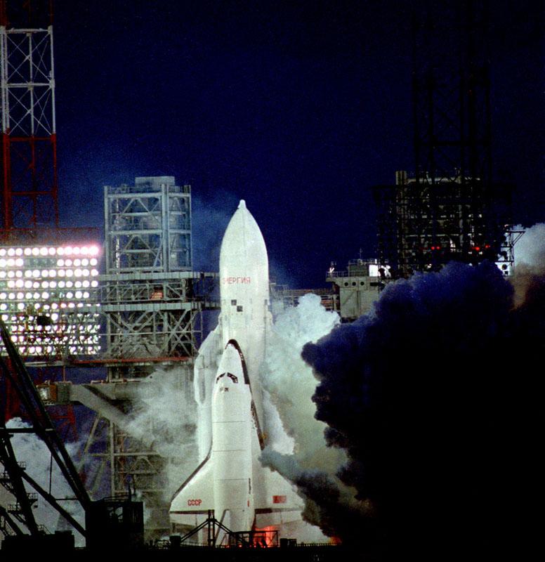 navette spatiale russe buran pas de tir decollage 11 Buran, la navette spatiale Russe