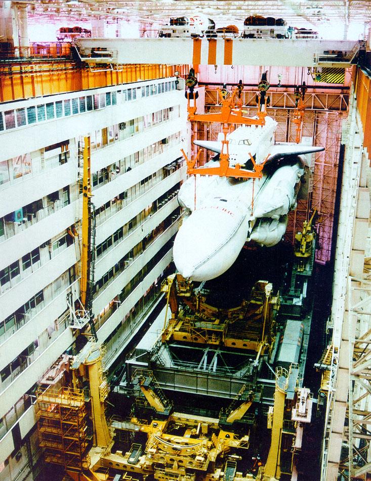 navette spatiale russe buran transport 01 Buran, la navette spatiale Russe
