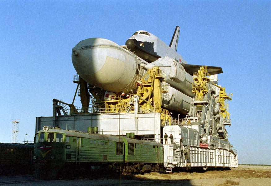 navette spatiale russe buran transport 02 Buran, la navette spatiale Russe
