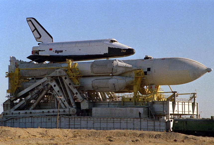navette spatiale russe buran transport 03 Buran, la navette spatiale Russe