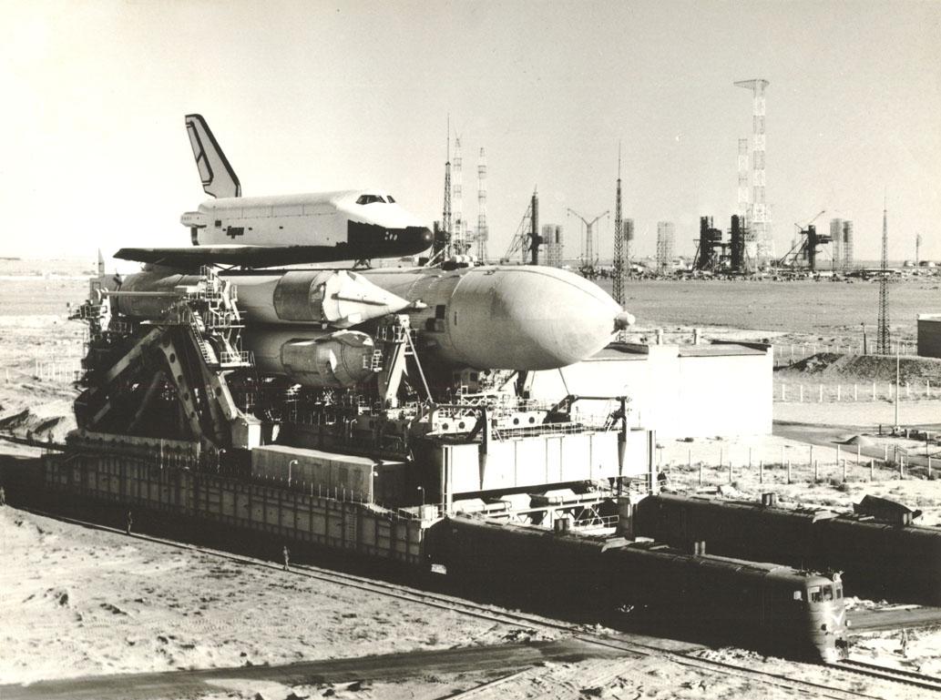 navette spatiale russe buran transport 06 Buran, la navette spatiale Russe