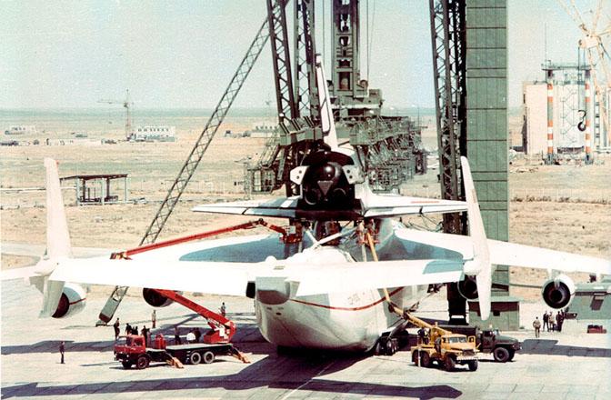 navette spatiale russe buran transport avion 07 Buran, la navette spatiale Russe