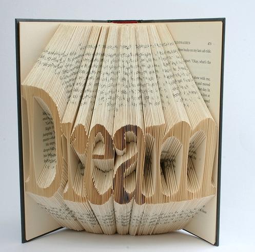 Plier les pages dun livre plier page livre 02