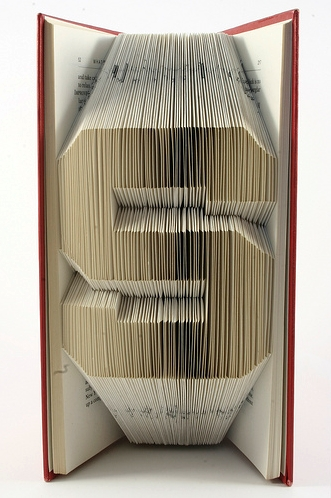 Plier les pages dun livre plier page livre 04