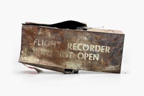 boite-noire-avion-crash-impact-detruit-01.jpg