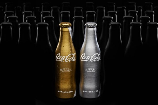 http://www.laboiteverte.fr/wp-content/uploads/2011/02/coca-cola-bouteille-daft-punk-01.jpg