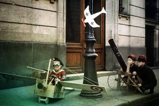 leon gimpel grenata armee enfant autochrome 02 Les autochromes parisiens de Léon Gimpel