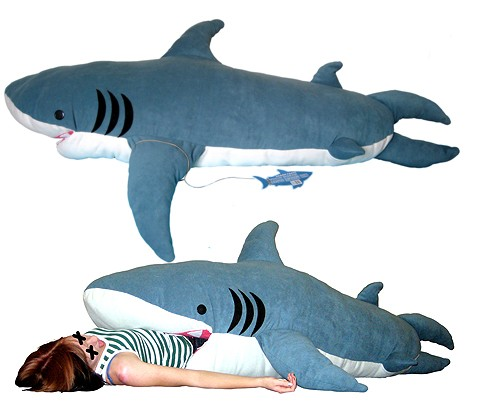 sac-couchage-requin.jpeg