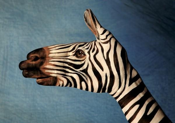 peinture-animaux-main-01.jpg