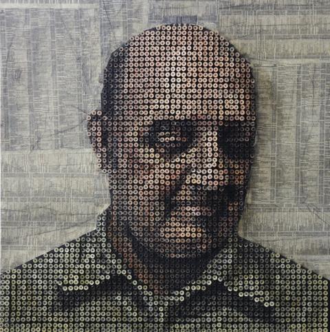 Retratos hechos con tornillos