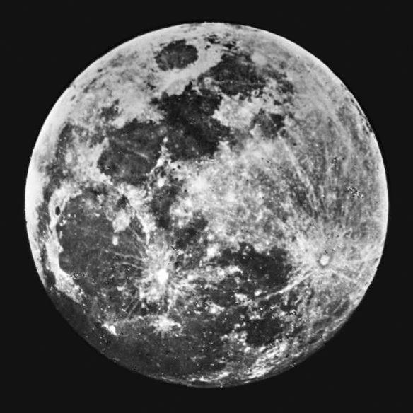 premiere photo lune Histoire photographique de la Lune