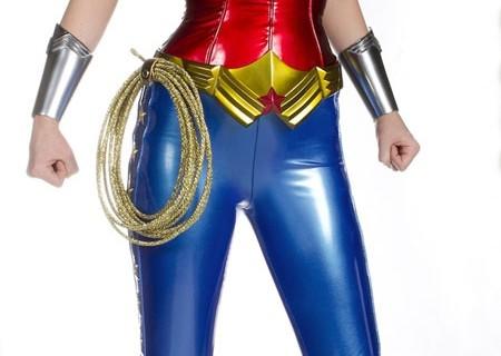 wonder-woman-costume-Adrianne-Palicki.jpg