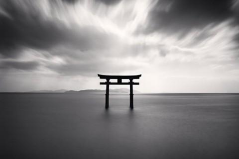 paysage-minimaliste-kenna-mickael-carre-noir-blanc-01.jpg