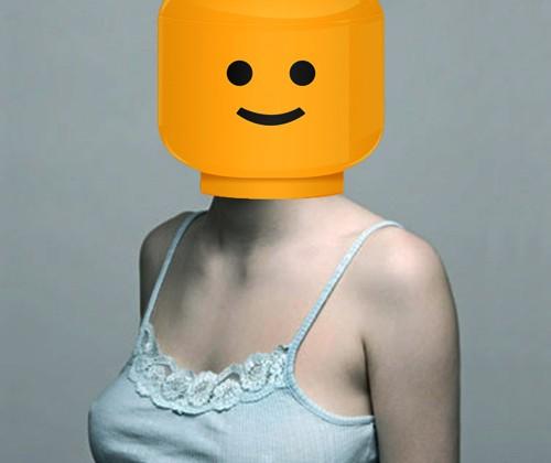femme-tete-lego.jpg