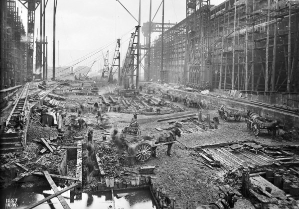 construction-titanic-01