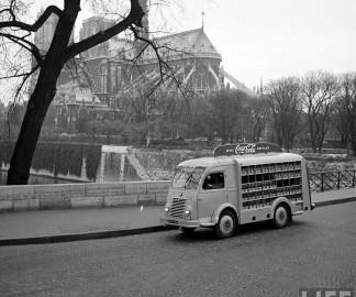 1950-coca-cola-arrive-france-01