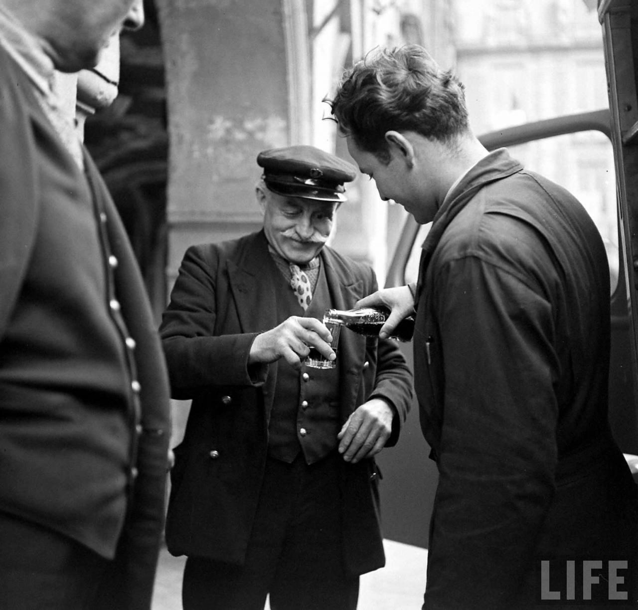 1950 coca cola arrive france 04 1950, Coca Cola arrive en France