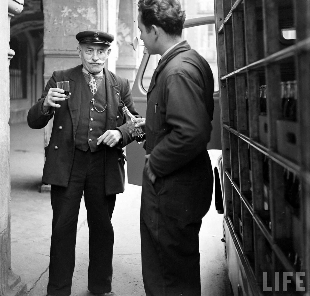1950 coca cola arrive france 06 1950, Coca Cola arrive en France