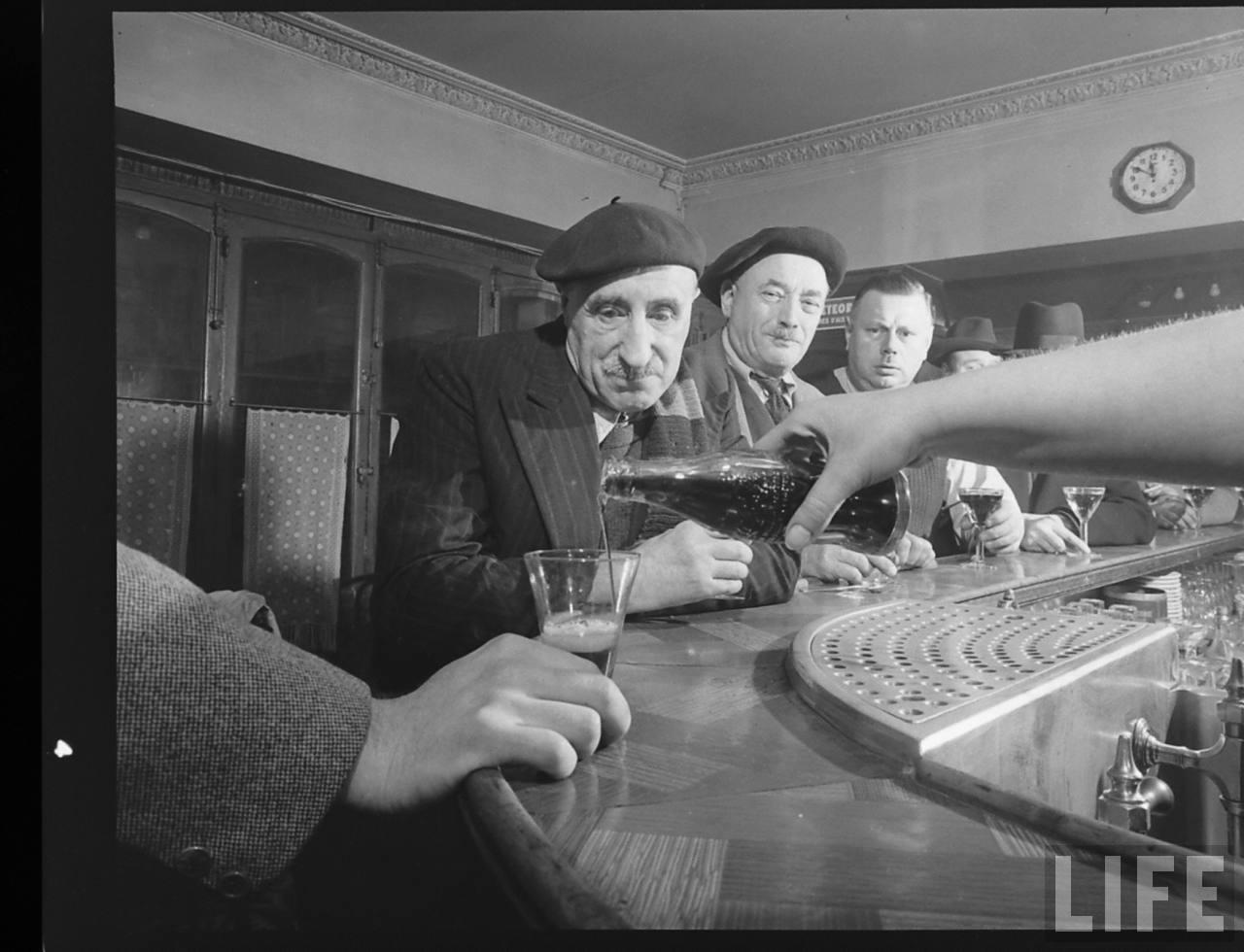1950 coca cola arrive france 11 1950, Coca Cola arrive en France