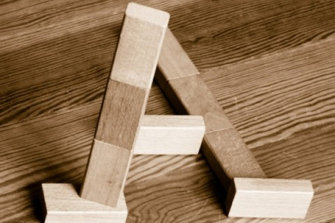 Escher-alphabet-bloc-bois-01